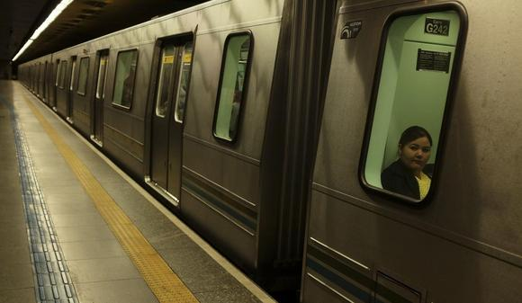 A woman rides the metro during what is usually rush hour, in Republica station during a strike in Sao Paulo June 5, 2014.  REUTERS/Nacho Doce