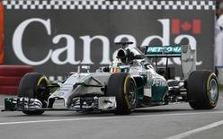Mercedes driver Lewis Hamilton of Britain drives during the first free practice of the Canadian F1 Grand Prix at the Circuit Gilles Villeneuve in Montreal June 6, 2014.  REUTERS/Mathieu Belanger