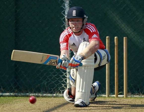 England's Ian Bell plays a shot during a practice session ahead of their first test cricket match against Sri Lanka in Colombo March 19, 2012. REUTERS/Dinuka Liyanawatte/Files