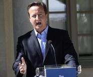 O Partido Conservador, de Cameron, disse nesta quinta-feira que vai retomar os esforços para fazer com que um referendo sobre a permanência da Grã-Bretanha na União Europeia tenha força de lei. 10/06/2014 REUTERS/Maja Suslin/TT News Agency