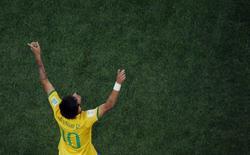 Neymar comemora gol marcado contra a Croácia na abertura da Copa do Mundo. 12/06/2014 REUTERS/Fabrizio Bensch