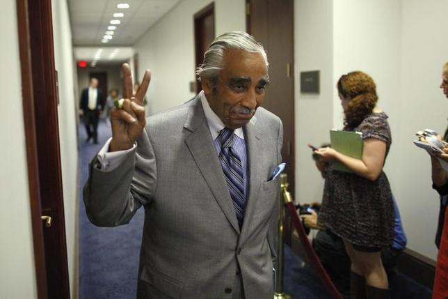 U.S. Representative Charles Rangel (D-NY) gestures as he arrives for an evening meeting of the House Democratic caucus at the U.S. Capitol in Washington, September 28, 2013. REUTERS/Jonathan Ernst