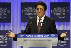 Japan's Prime Minister Shinzo Abe addresses a session at the annual meeting of the WEF in Davos January 22, 2014. REUTERS/Ruben Sprich