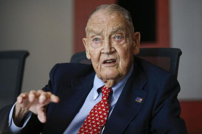 Jack Bogle, founder and retired CEO of The Vanguard Group, speaks during the Global Wealth Management Summit in New York June 17, 2014. REUTERS/Shannon Stapleton