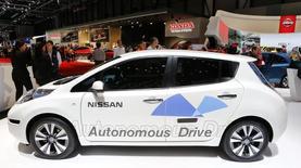 A Daimler e a Renault Nissan vão investir 1 bilhão de euros (1,36 bilhão de dólares) para desenvolver carros compactos e construí-los em uma fábrica no México, divulgaram as empresas nesta sexta-feira. 05/03/2014 REUTERS/Arnd Wiegmann