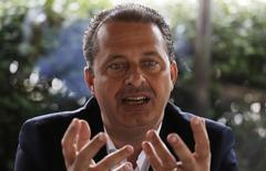 Pré-candidato do PSB à Presidência, Eduardo Campos, durante entrevista à Reuters. 17/4/2014.      REUTERS/Nacho Doce