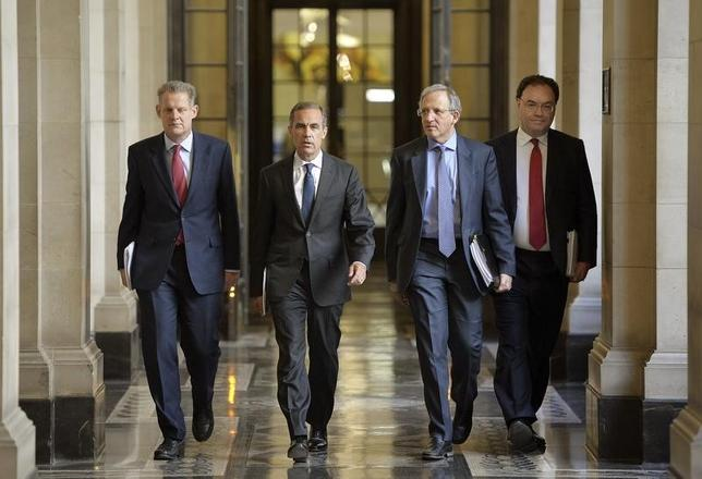 Spencer Dale, Governor Mark Carney, Jon Cunliffe and Andrew Bailey (L-R) arrive to release the Financial Stability Report, at the Bank of England in London June 26, 2014.   REUTERS/John Stillwell