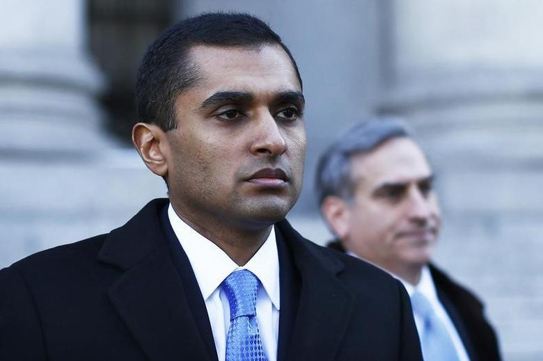 Former SAC Capital Advisors portfolio manager Mathew Martoma walks out of the courthouse in downtown Manhattan, New York, February 6, 2014.    REUTERS/Eduardo Munoz
