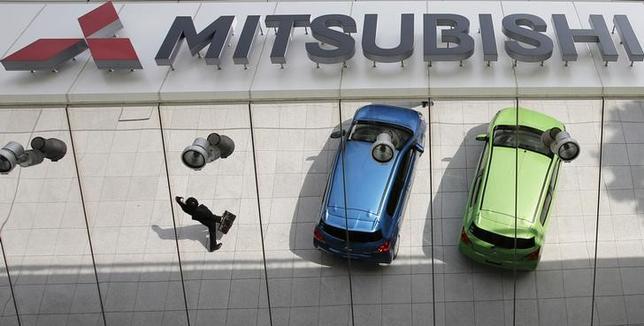 6月28日、三菱自動車がフィアット・クライスラー・オートモービルズに小型車をOEM(相手先ブランドによる生産)供給することが分かった。昨年4月撮影(2014年 ロイター/Toru Hanai)
