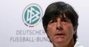Técnico da Alemanha Loew em entrevista coletiva. 28/06/2014  REUTERS/Arnd Wiegmann