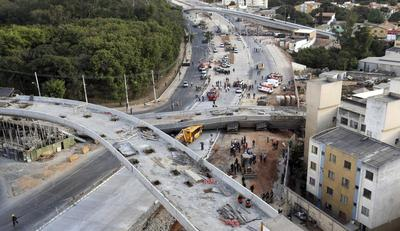Overpass collapses in World Cup city