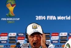 Técnico da Argentina, Alejandro Sabella, durante entrevista coletiva em Brasília. 05/07/2014. REUTERS/David Gray