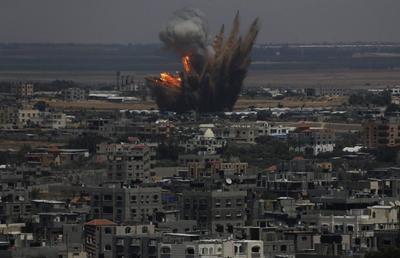 Hamas rockets land deep in Israel as it bombards Gaza...
