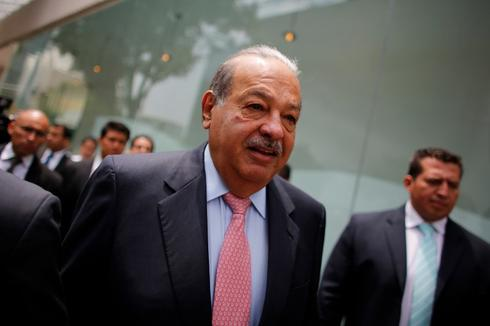 Carlos Slim bows to Mexico telecoms reform