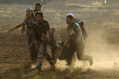 Syrian rebels fight on