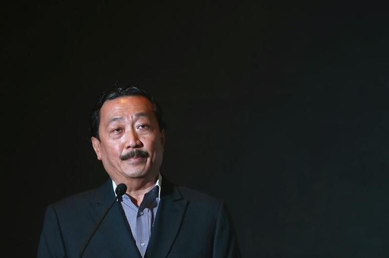 Vincent Tan, speaks inside a hotel in Kuala Lumpur May 8, 2014.  REUTERS/Samsul Said