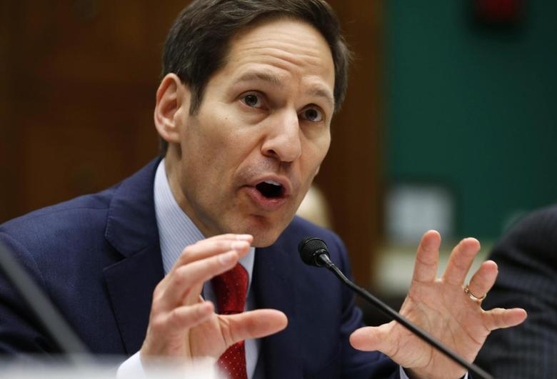 U.S. Centers for Disease Control and Prevention (CDC) Director Thomas Frieden testifies before the hearing on ''Review of CDC anthrax LabIncident'' on Capitol Hill in Washington July 16, 2014. REUTERS/Kevin Lamarque