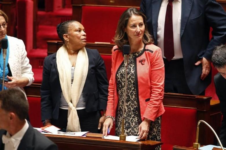 French minister for Ecology, Sustainable Development and Energy Segolene Royal and Justice minister Christiane Taubira (L) attend the questions to the government session at the National Assembly in Paris, July 15, 2014. REUTERS/Charles Platiau