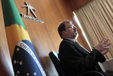 Secretário do Tesouro Nacional, Arno Augustin, durante entrevista à Reuters, em Brasília.  30/07/2011.  REUTERS/Ueslei Marcelino