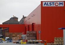 Le Serious Fraud Office (SFO), l'agence britannique de lutte contre la fraude et la corruption, annonce qu'il compte poursuivre Alstom au pénal incessamment au terme de cinq années d'enquête sur des présomptions de corruption. /Photo d'archives/REUTERS/Vincent Kessler