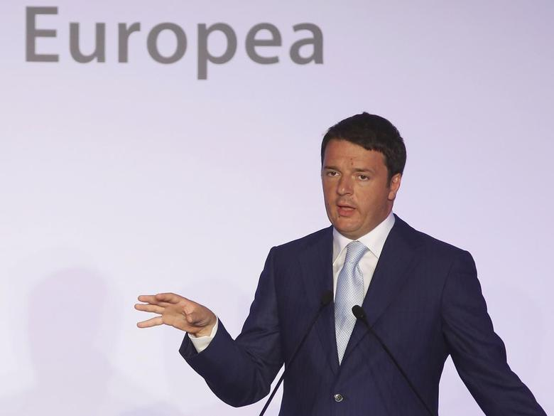 Italian Prime Minister Matteo Renzi talks during a joint news conference with European Commission President Jose Manuel Barroso at the end of a meeting at Villa Madama in Rome July 4, 2014 file photo. REUTERS/Remo Casilli
