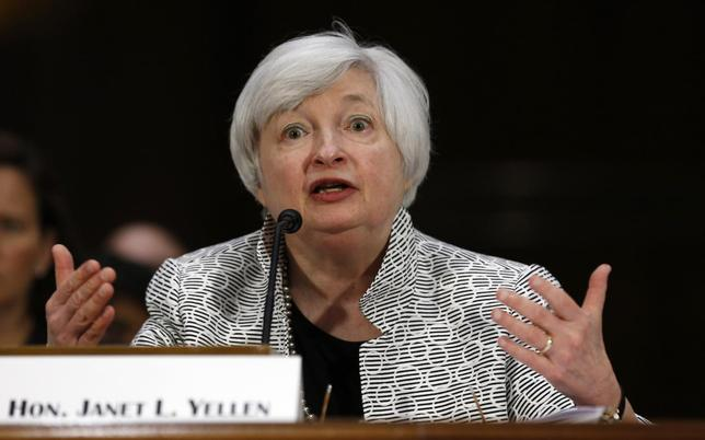 U.S. Federal Reserve Chair Janet Yellen testifies before the Senate Banking Committee on Capitol Hill in Washington July 15, 2014.  REUTERS/Kevin Lamarque