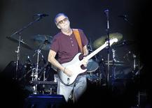 Músico Eric Clapton se apresenta em festival de Manama, no Barein. 8/03/2014. REUTERS/Hamad I Mohammed