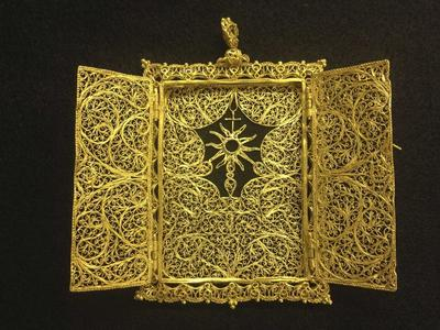 Family finds 300-year-old sunken treasure off Florida'...