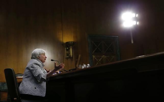 U.S. Federal Reserve Chair Janet Yellen testifies before the Senate Banking Committee on Capitol Hill in Washington July 15, 2014. REUTERS/Kevin Lamarque/Files