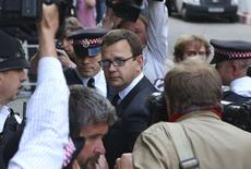 Ex-editor do News of the World Andy Coulson chega a tribunal de Londres. 04/07/2014 REUTERS/Neil Hall