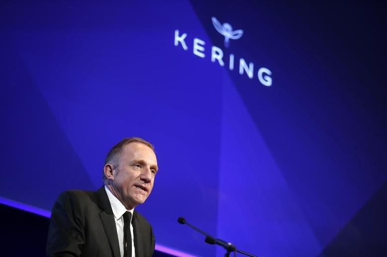 Francois-Henri Pinault, CEO and Chairman of the board of directors of Kering, speaks during the company's 2013 results presentation in Paris February 21, 2014. REUTERS/Benoit Tessier