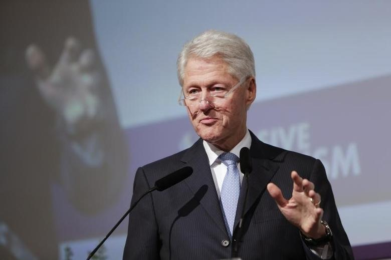 Former U.S. President Bill Clinton gives a keynote address at a conference on ''inclusive capitalism'' organised by the City of London, in London May 27, 2014. REUTERS/Anna Gordon/Financial Times Live/Conference on Inclusive Capitalism/Pool