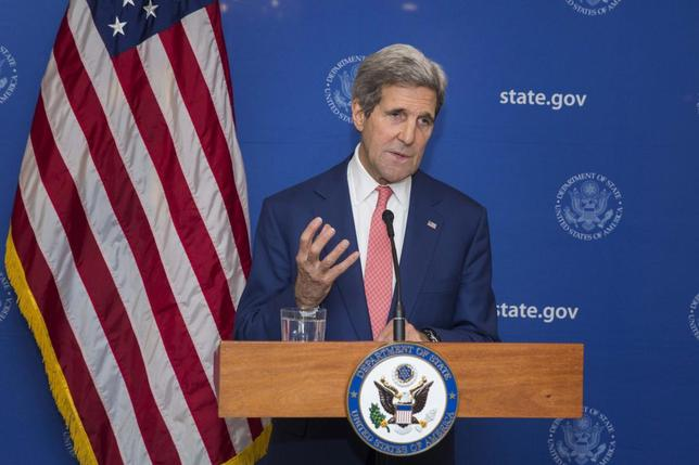 U.S. Secretary of State, John Kerry, announces a 72-hour humanitarian ceasefire between Israel and Hamas, in New Delhi August 1, 2014.  REUTERS/Lucas Jackson