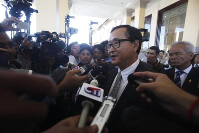 Cambodia political foes vow to honor truce as lawmaker...