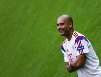 Técnico do Bayern de Munique Pep Guardiola durante treino da equipe em Munique. 09/05/2014 REUTERS/Michael Dalder