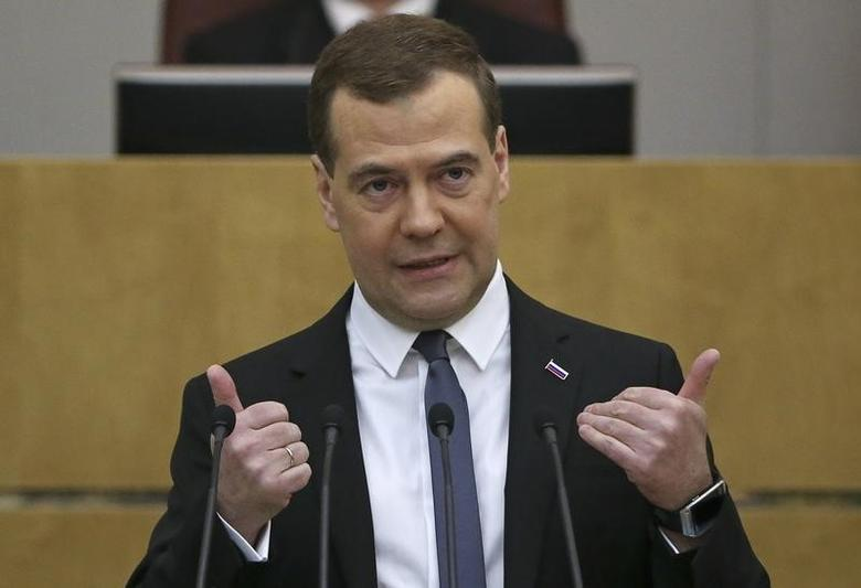 Russia's Prime Minister Dmitry Medvedev gestures during his address to the State Duma, the lower house of parliament in Moscow April 22, 2014. REUTERS/Sergei Karpukhin
