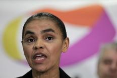 Ex-senadora Marina Silva fala durante entrevista em Brasília. 4/10/2013 REUTERS/Ueslei Marcelino