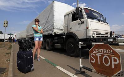 Russian convoy enters Ukraine