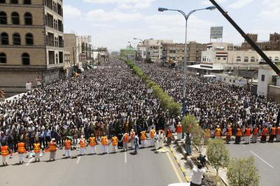 Talks on new Yemeni government collapse over Shi'ite...
