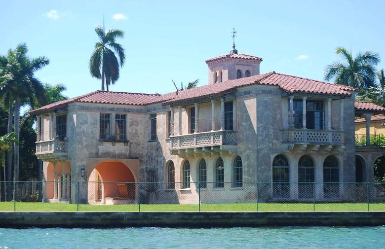 The mansion located at 22 Star Island Drive is seen in Miami Beach, Florida in a 2013 archive photo. REUTERS/Arthur Marcus Photography/Handout via Reuters
