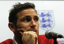 England's Frank Lampard attends a news conference in Miami, Florida June 3, 2014. The national soccer team of England is going to have two test matches in Miami, southern Florida, in preparation for the upcoming 2014 World Cup. REUTERS/Wolfgang Rattay (UNITED STATES - Tags: SPORT SOCCER WORLD CUP)