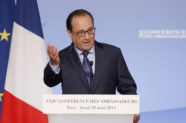 French President Francois Hollande delivers a speech during the annual Conference of Ambassadors at the Elysee Palace in Paris August 28, 2014.  REUTERS/Christophe Ena/Pool