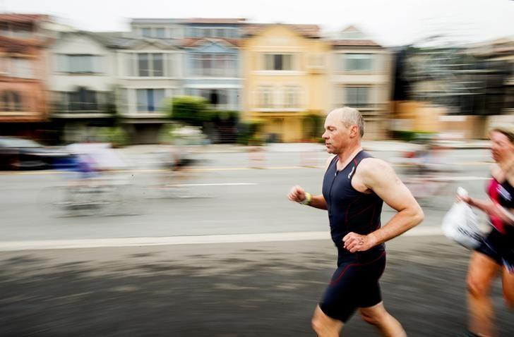Runners and bikers compete in the 34th annual Escape from Alcatraz Triathlon in San Francisco, California June 1, 2014.  REUTERS/Noah Berger