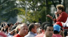 Dilma faz campanha em São Bernardo do Campo na terça-feira.  REUTERS/Paulo Whitaker