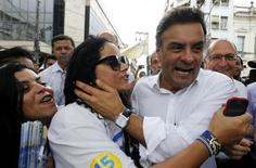 Aécio Neves, candidato do PSDB à Presidência, faz campanha em Santos. 03/09/2014 REUTERS/Paulo Whitaker
