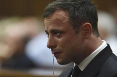 Velocista sul-africano Oscar Pistorius durante seu julgamento em um tribunal de Petrória, na África do Sul. 11/09/2014.  REUTERS/Phill Magakoe/Pool