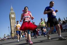 Participantes da Maratona de Londres em abril de 2013. 13/04/2013 REUTERS/Neil Hall