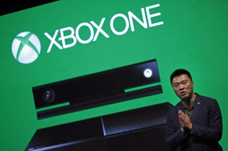 Xie Enwei, general manager of management and operations of Microsoft in China, speaks during the presentation of the Xbox One by Microsoft as part of ChinaJoy 2014 China Digital Entertainment Expo and Conference in Shanghai July 30, 2014. REUTERS/Carlos Barria