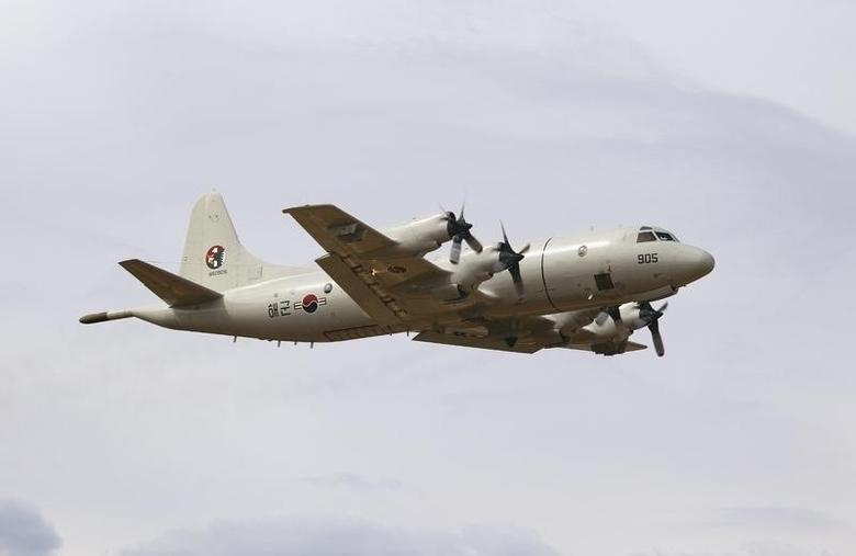 A South Korean Air Force (ROKAF) P-3 Orion takes off from RAAF Pearce air base March 26, 2014, to assist with the international search effort trying to locate missing Malaysia Airways Flight MH370. REUTERS/Richard Wainwright/Pool