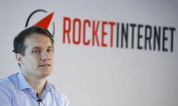 Oliver Samwer, président du directoire et co-fondateur de Rocket Internet, L'introduction en Bourse (IPO) du groupe allemand de capital-risque, profitant de l'énorme succès du chinois Alibaba, est déjà entièrement souscrite;. /Photo prise le 24 septembre 2014/REUTERS/Ralph Orlowski
